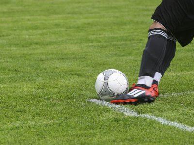 کفش فوتبال برای فروش